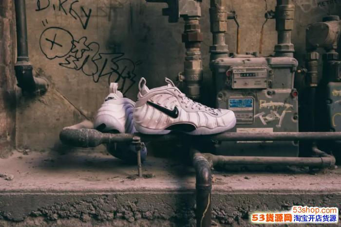 请问一下微信高仿鞋子哪里找,价格多少钱