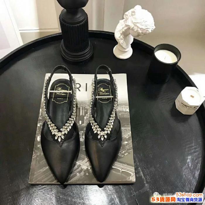 高端女鞋*一手货源国大档口一件代发招微信实体店代理加盟