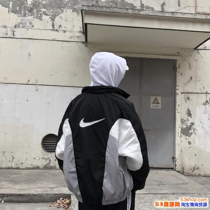 江苏男女潮服古着服饰工厂厂家潮服招全国代理