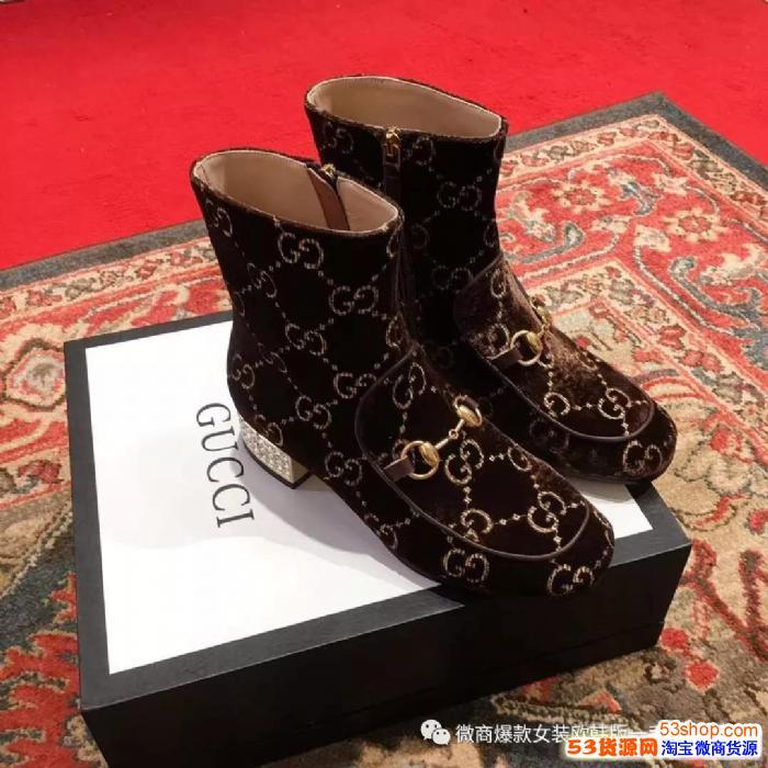 大牌高端定制女鞋货源。专卖专柜同步,厂家直销货源直接对