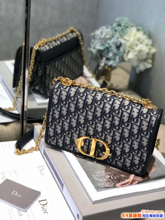 批发国际手袋钱包皮带高档包包一手货源诚招代理一件代发