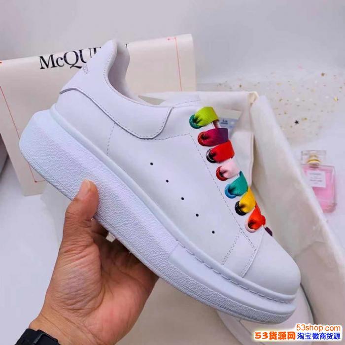 厂家尾货处理 全网*便宜男女鞋子 利润给代理 加我必赚过年钱