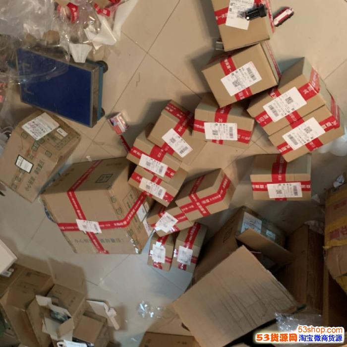 三草两木首次拿货多少钱可以加入代理?做代理送哪些产品呢?