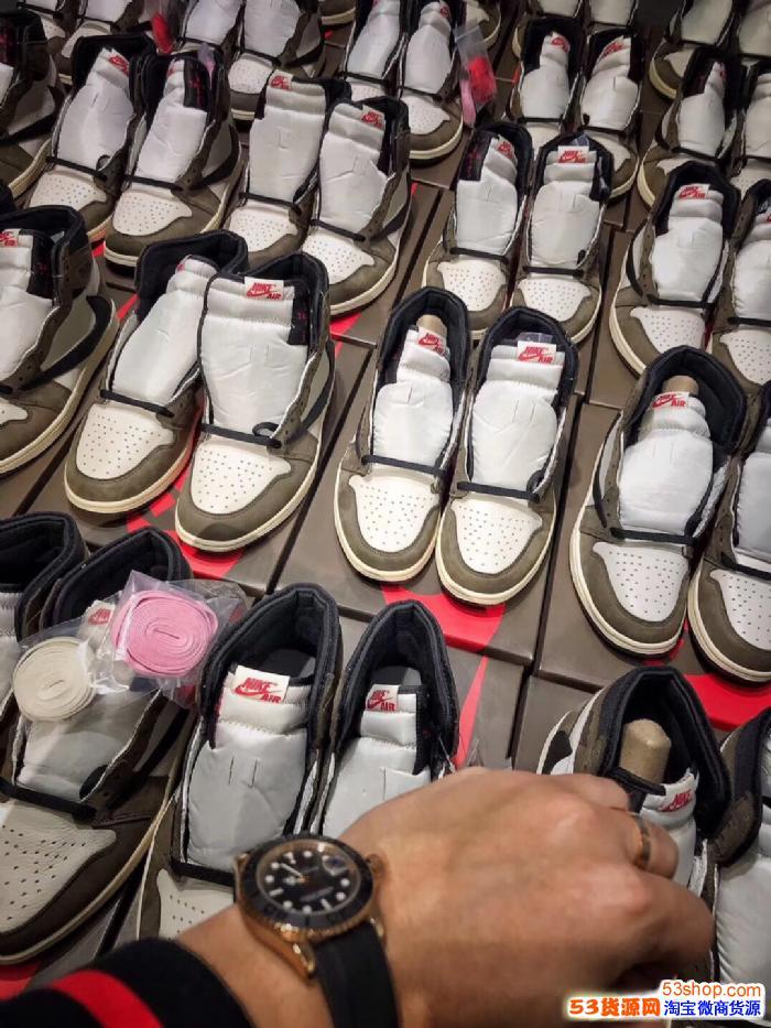 莆田鞋的做工怎么样?会被人一眼看出是假货吗?