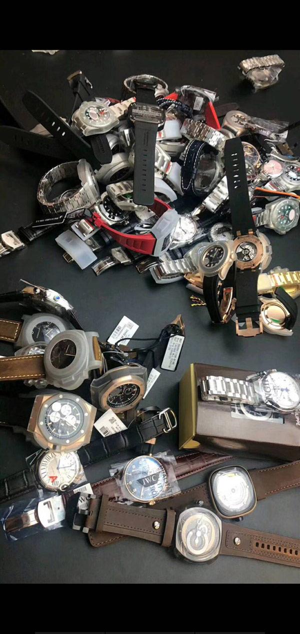 广州手表厂家货源,欢迎来档口取货(仅限老客户)